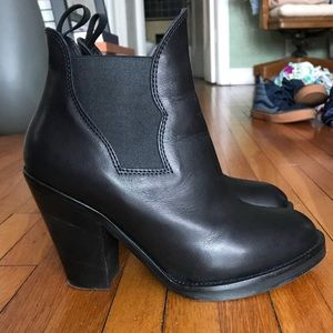 Acne Studios leather Acne Star ankle boots